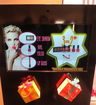display2