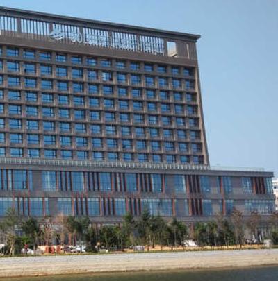 k lake hotel sb