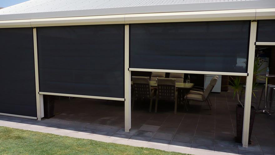 ziptrak outdoor blind 13
