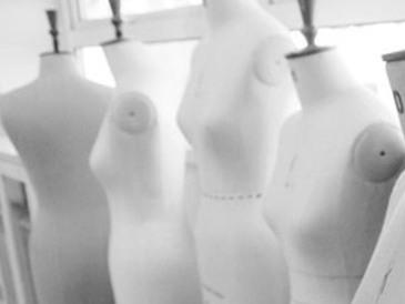 mannequins bw crop